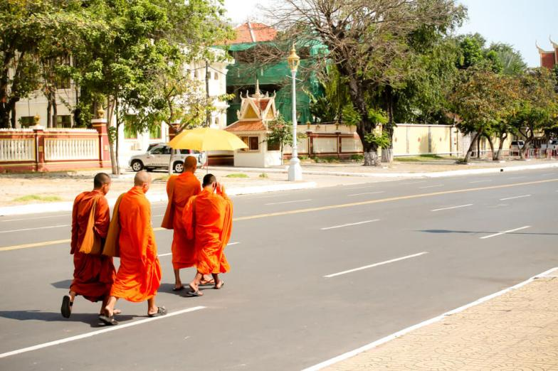 Travelling in Cambodia on a budget? This ultimate list of free things to do in Phnom Penh includes events, art, live music, free food, markets & much more!