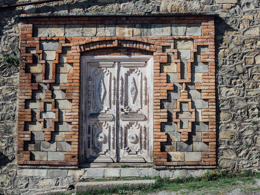 Sheki Azerbaijan has so much to offer. From painted palaces to decadent desserts, hip bars to handicrafts, here are 11 things I loved most about Sheki! | © Emily Lush 2017