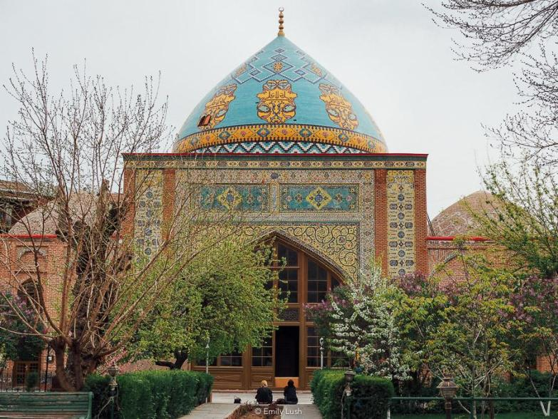 © Emily Lush 2018 | The Blue Mosque | Things to do in Armenia Yerevan
