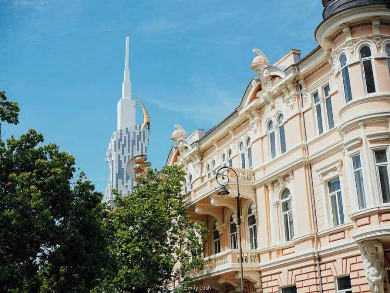 Your complete guide to Batumi, Georgia – including things to do in Batumi, restaurants & trip planning advice. | © Emily Lush 2017