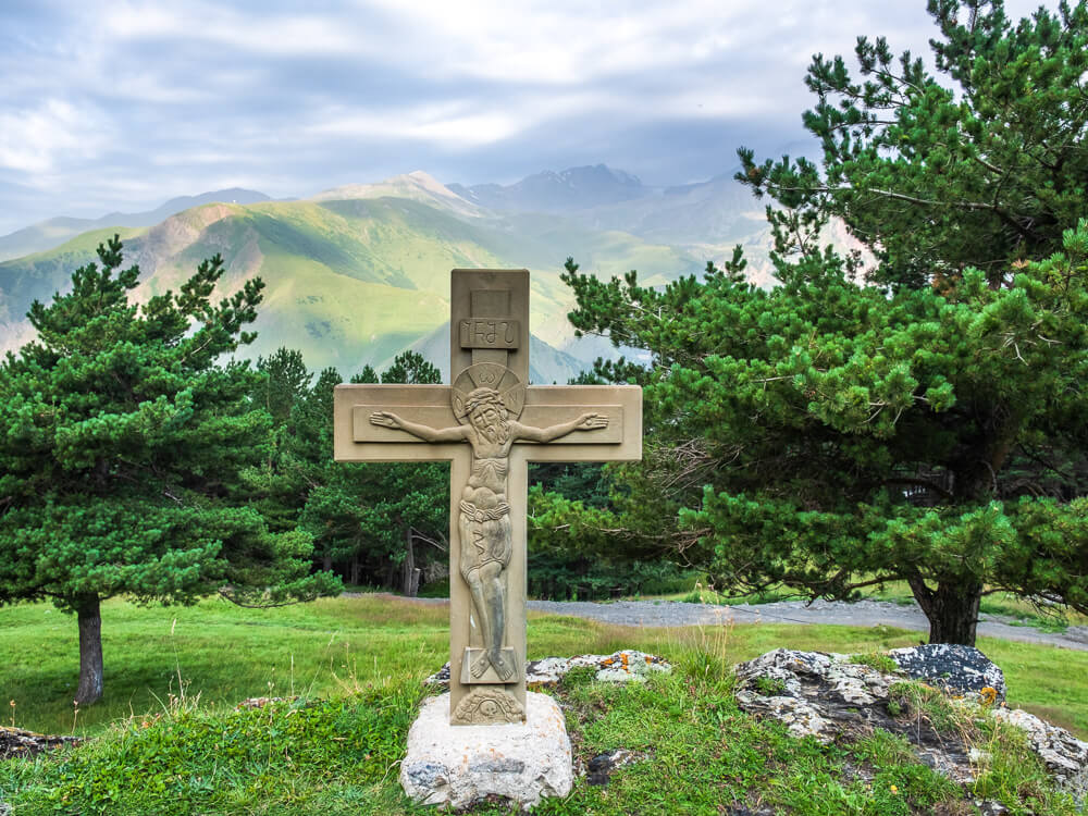 Thinking of doing the Kazbegi to Gergeti Trinity Church hike in Republic of Georgia? Don't attempt the trek without reading these essential tips first!