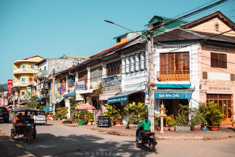 A street corner with old buildings in Kampot.
