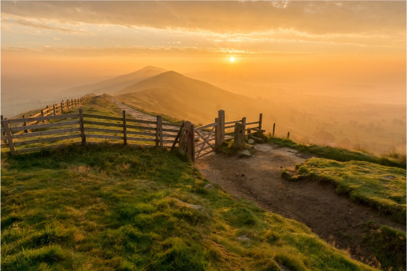 21 of the very best short hikes in Europe (easy to challenging) that you can do in a day. Experience the best day hikes in Europe.