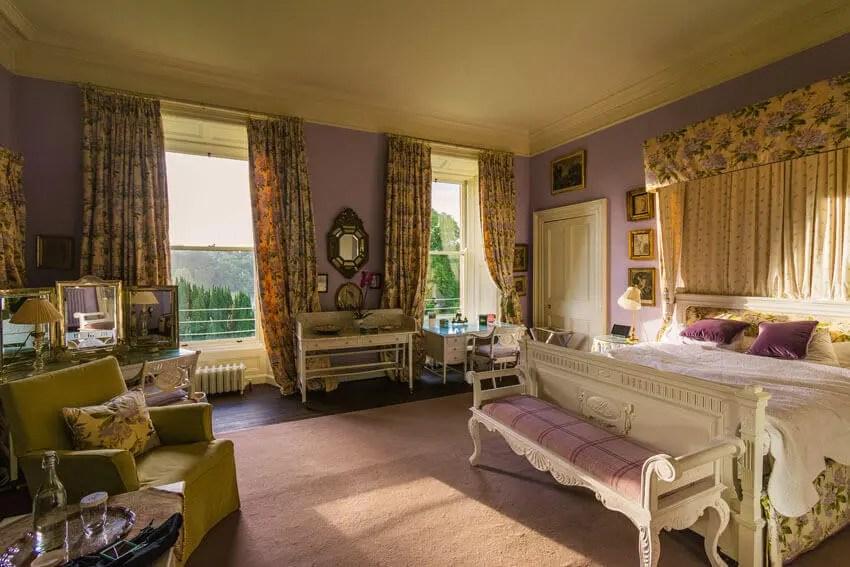 Castle Leslie bedroom