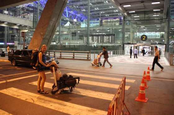 Wir haben unsere Sachen zusammengesammelt und sind unterwegs zum Terminal