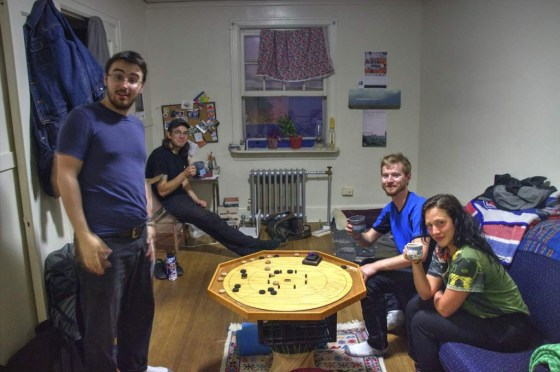 Couchsurfing bei Nick. Von links: Max, Nick, Brenden, Anny
