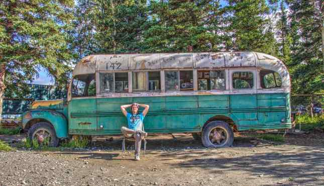 """Die Replica zum Bus aus """"Into The Wild"""" am Stempede Trail"""