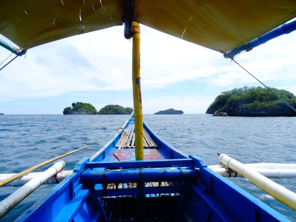 On a boat to the Hundred Islands