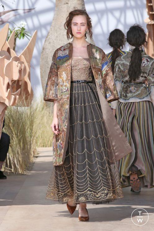 dior-haute-couture-aw2017-18-looks-51-6ccfc9