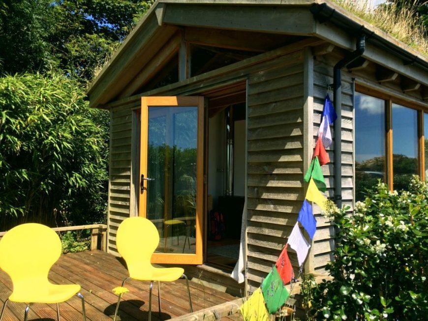 Log cabin in Cornwall