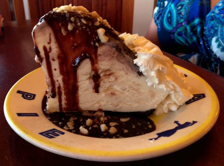 Best Dessert in Hawaii - Hula Pie, Honolulu