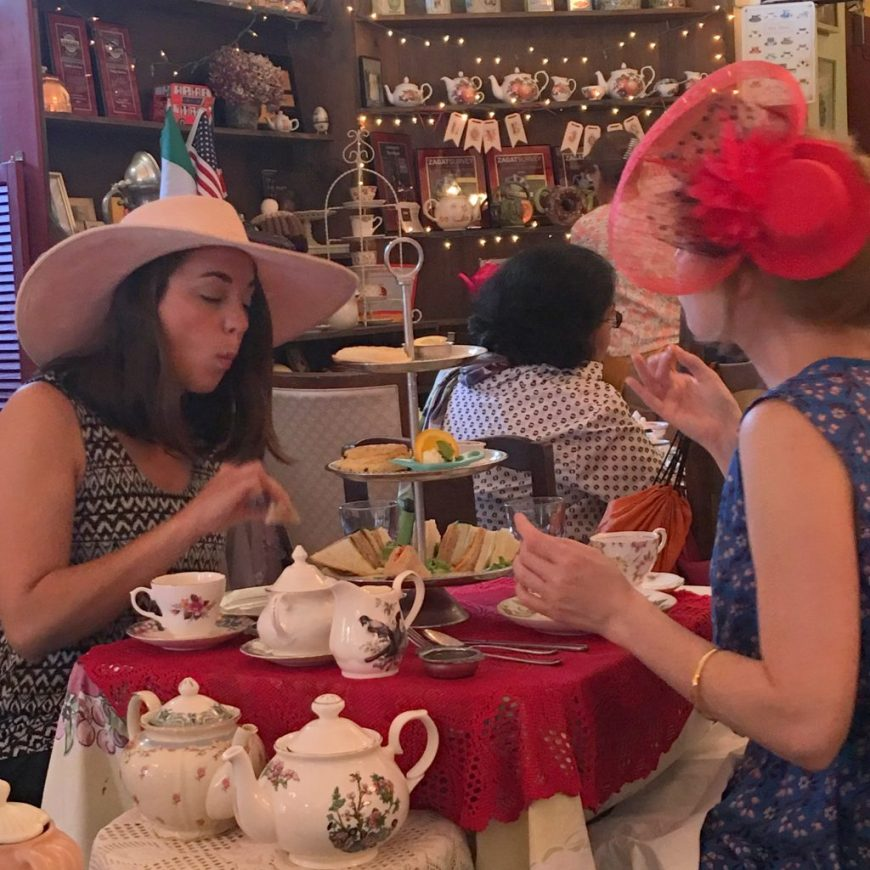 SF-Noe Valley-Lovejoy's Tea Room-two ladies in hats