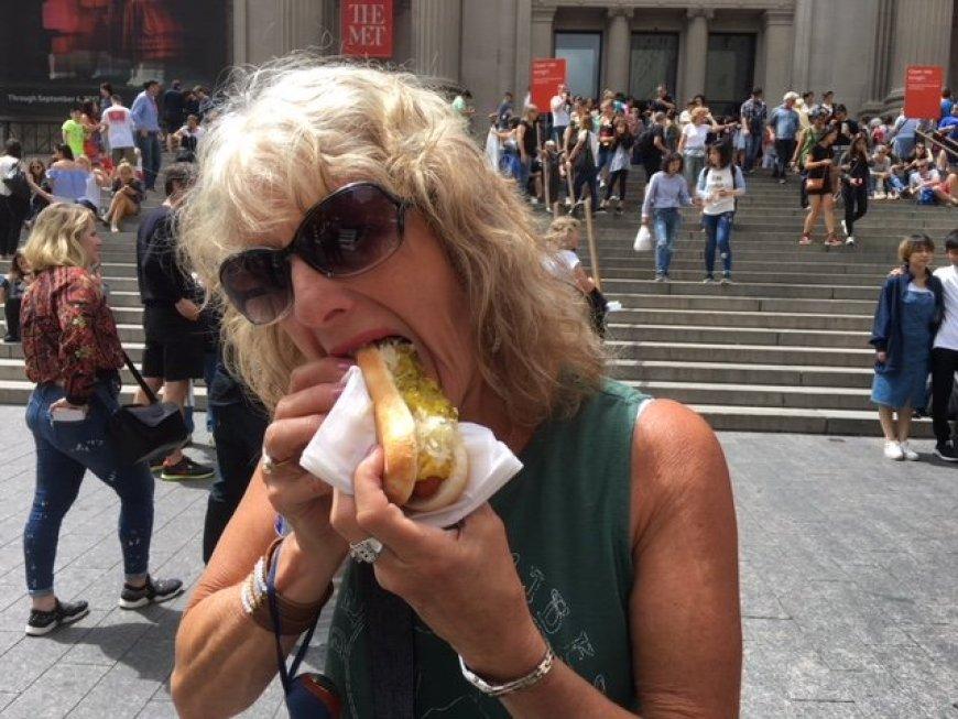 New York City street food dog