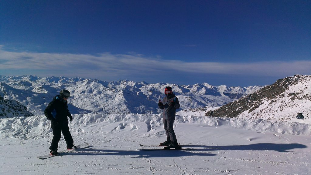 Skiing in Val Thorens