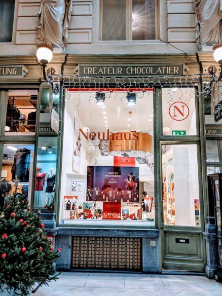 Neuhaus Shop Display