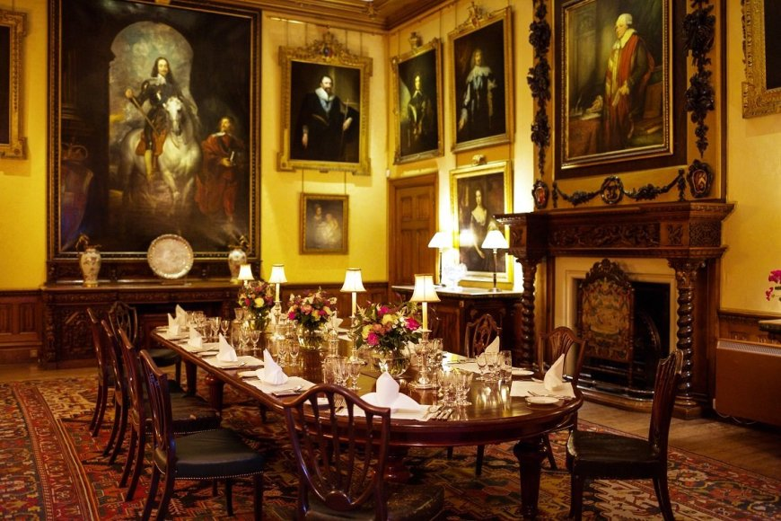 Highclere Castle Interior - The Dining Room