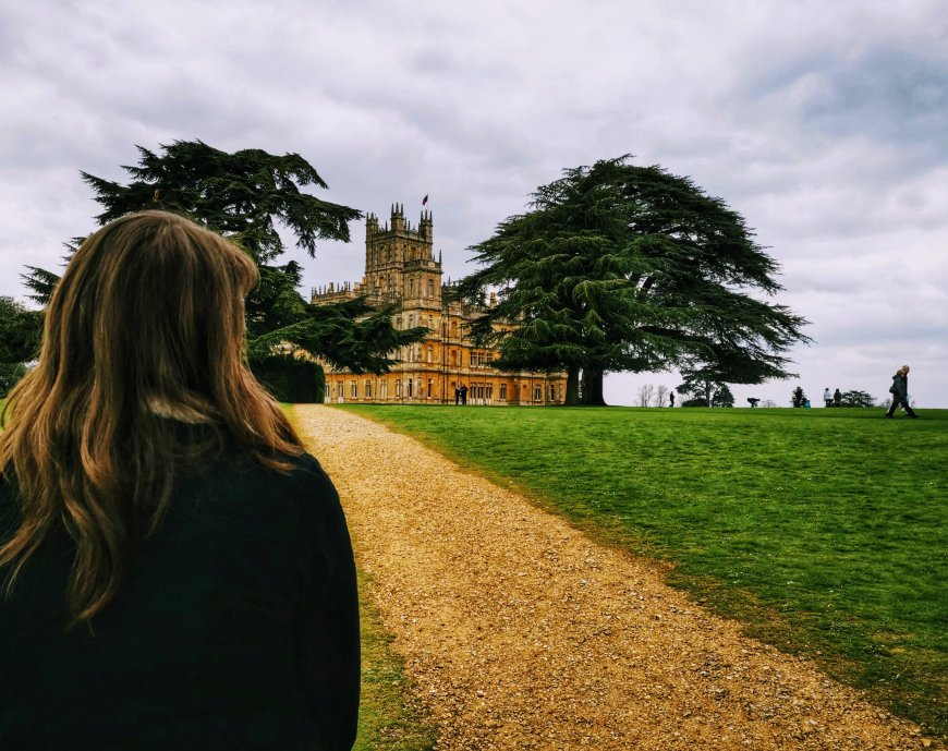 Justine looking at Highclere Castle