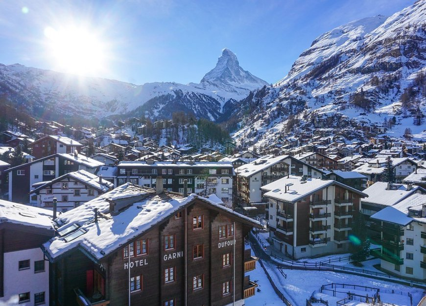 Sunrise at Matterhorn Zermatt-Switzerland Interrail in Winter