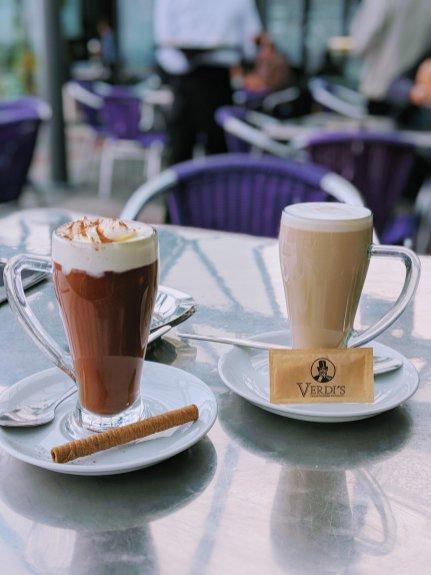 The BEST hot chocolate ever at Verdi's in Mumbles