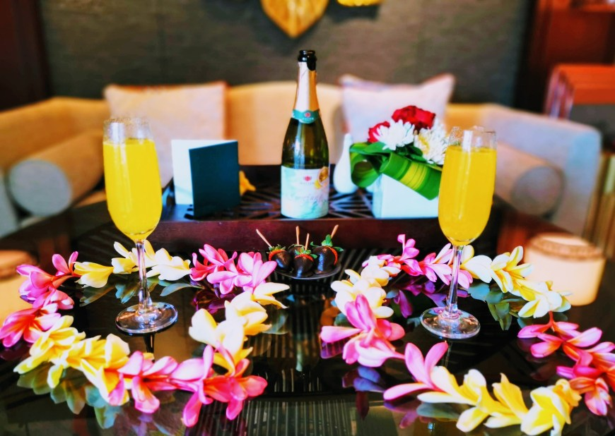 Complimentary Champagne cocktails at Intercontinental Bali Resort