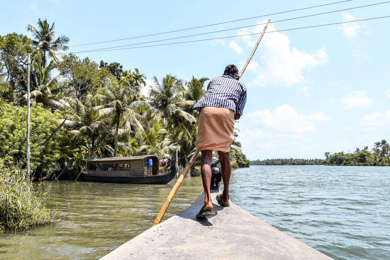 Kerala Backwaters Tour – A Houseboat Experience