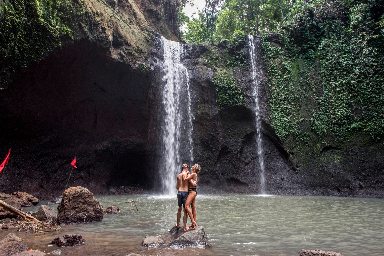Wanderers & Warriors - Charlie & Lauren UK Travel Couple - Tibumana Waterfall Bali - Hidden Bali Waterfalls - waterfalls near ubud - best waterfalls in bali