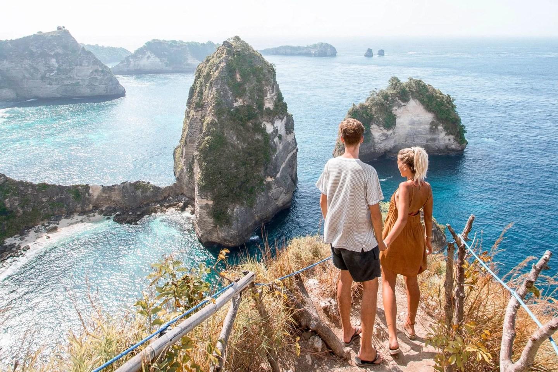 Wanderers & Warriors - Charlie & Lauren UK Travel Couple - Thousand Island Viewpoint Nusa Penida Bali - Thousand Island Nusa Penida - Raja Lima - Pulau Seribu - Rumah Pohon Molenteng - Nusa Islands