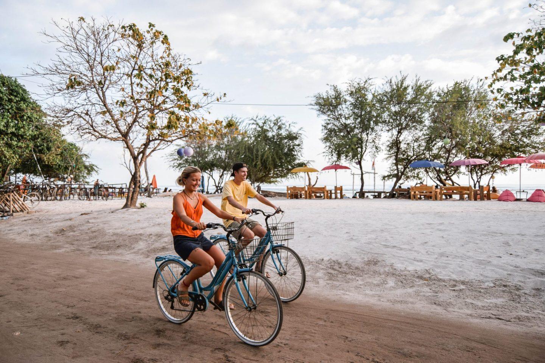 Wanderers & Warriors - Charlie & Lauren UK Travel Couple - Things To Do On Gili Trawangan bikes - things to do gili islands
