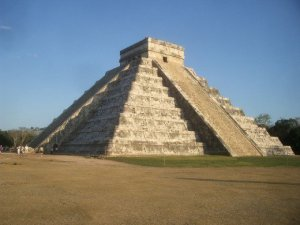 The Shadow of Kukulcan descending. Chichen Itzá