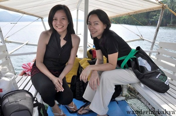 Island hopping in Coron with Virg
