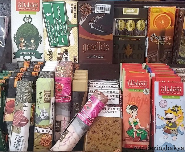 Indonesian chocolates. They range from IDR 10,500 (US $0.82) to IDR 19,500 (US $1.52).