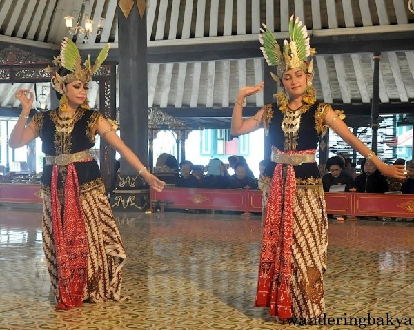 Traditional dances are regularly performed at Kraton palace.