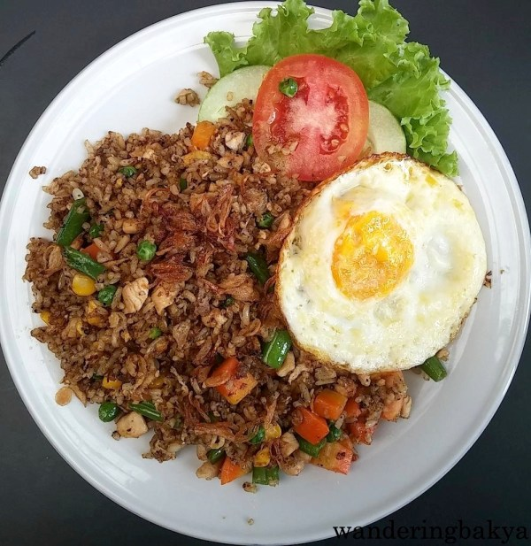 Nasi Goreng Lada Hitam, IDR 30,500 (US $2.38) at Restoran Kedai Kebun. This was happiness on a plate-with more than 2 cups of rice, chicken, shrimps, egg, vegetables and not too spicy. :)