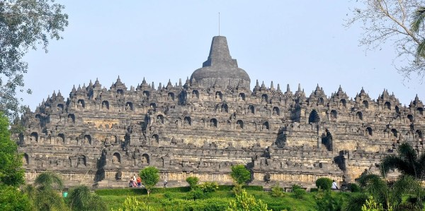 A clear view of Borobudur temple from the left side.