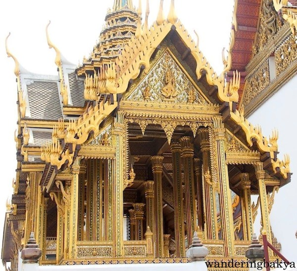 Another glowing golden monument at The Grand Palace.