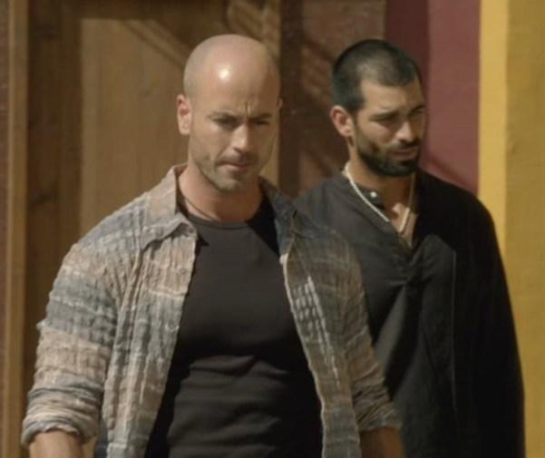 El Príncipe's El Tripas (Gilen Xabier) and Faruq (Rubén Cortada). Photo from gilenxabier.com