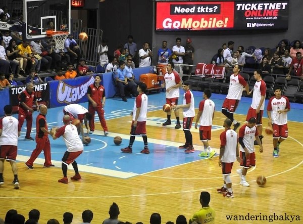 Barangay Ginebra players warming-up