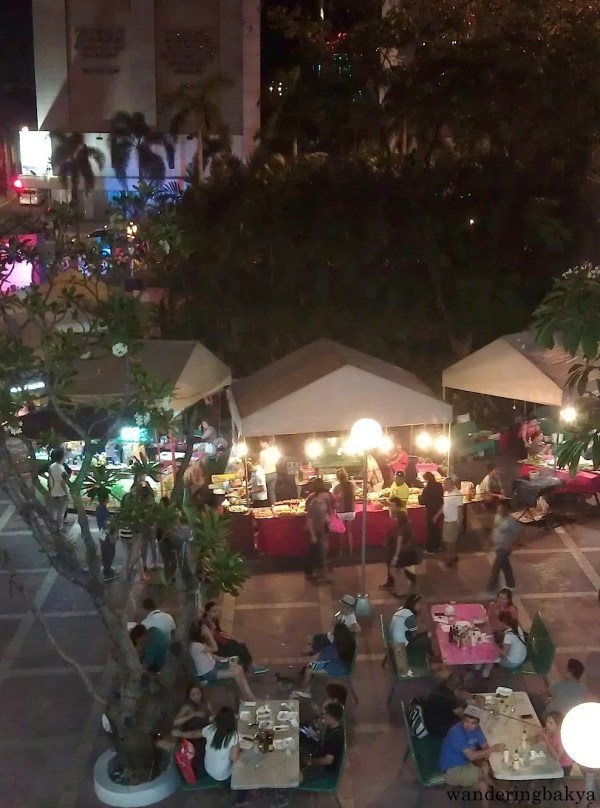 View of the outdoor food bazaar in Araneta Center from the bridge that connects MRT - Cubao and LRT Line 1 - Araneta Center