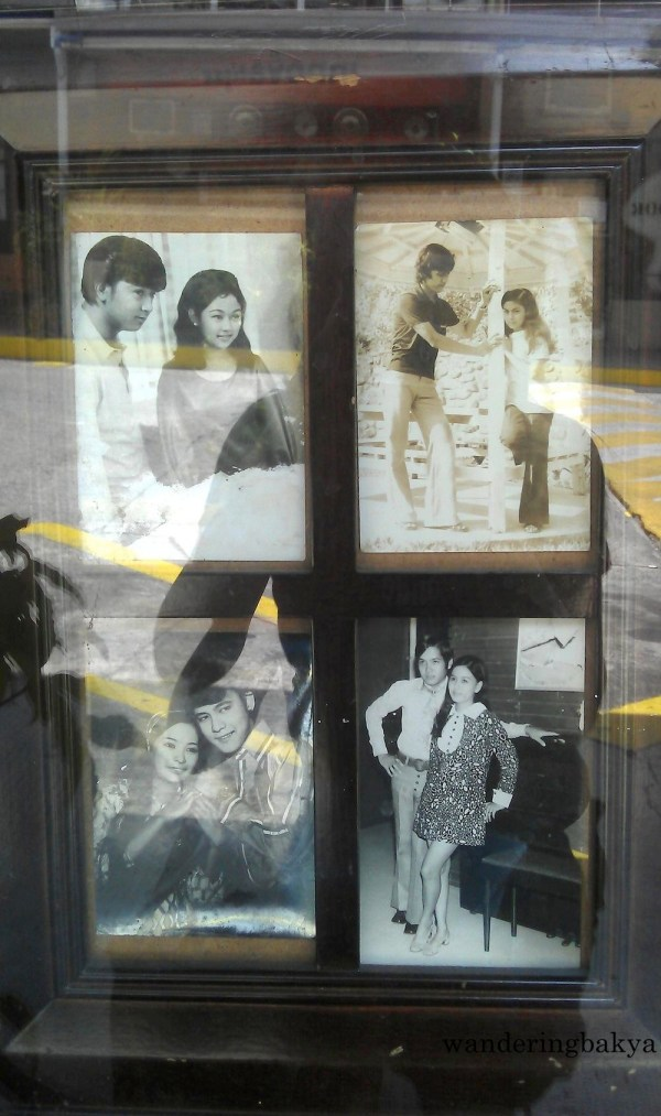 Located at the bottom left of the display window is a photo of some of the most popular loveteams in Philippine movie industry. I know only four actors out of 8.