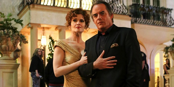 Devious Maids' power couple: Evelyn (Rebecca Wisocky) and Adrian Powell (Tom Irwin). Photo from hollywoodlife.com