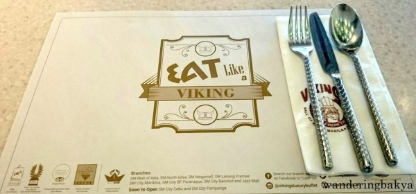 The table setting before Man vs. Food at Vikings Mall of Asia started. Photo by SPRDC.