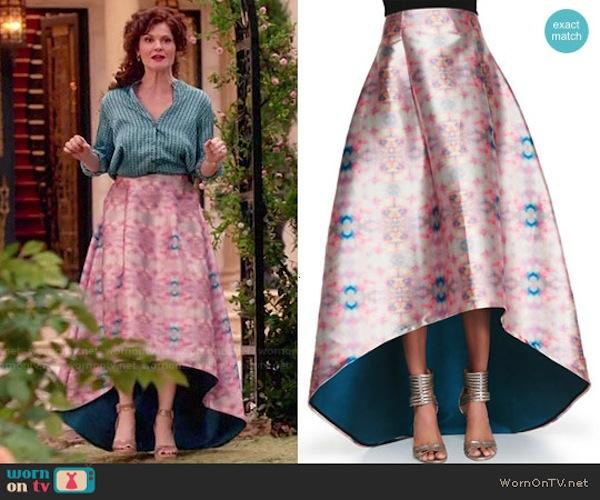 Evelyn Powell's skirts that I covet: Avalon printed high-low skirt. Photo from wornontv.net