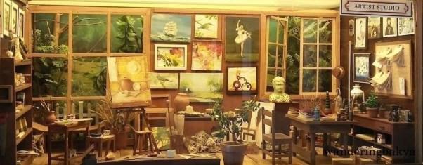 Miniature artist studio