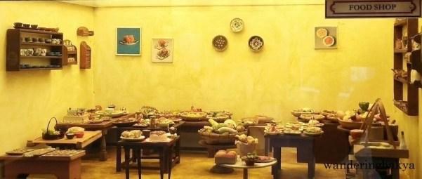 Miniature food shop