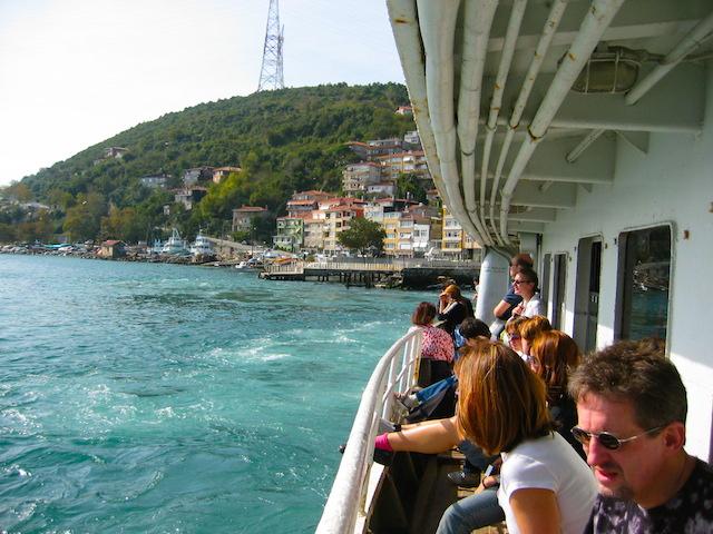 Solo Turkey, Istanbul Bosphorus-Ferry
