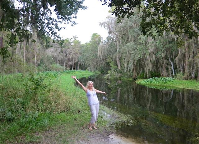 Wandering Carol at Shingle Creek Grande Lakes Orlando undiscovered