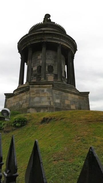 Robert Burns Momument Edinburgh Scotland