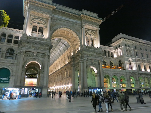 What to do in Milan Galleria Vittorio Emanuele