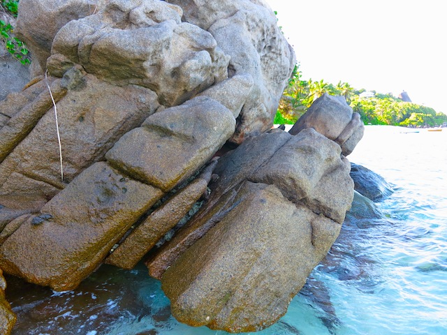 Seychelles only granite mid ocean granite islands in world