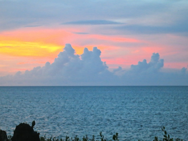 A travel blogger's year in review. Through sunsets. Cuba